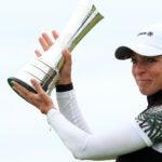 sophia popov hollds trophy
