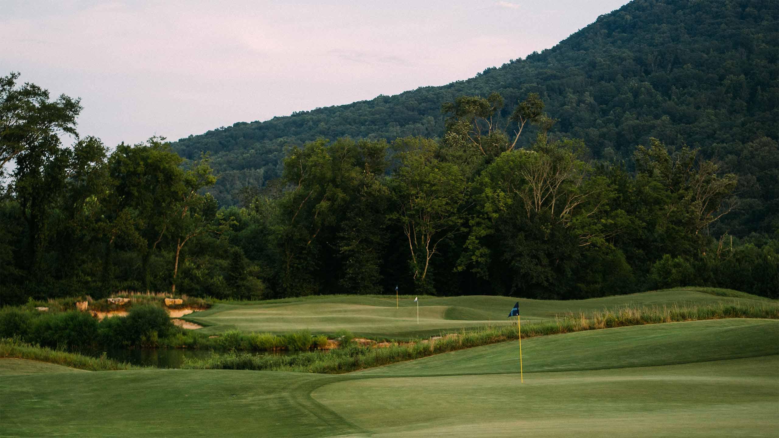 Sweetens Cove Golf Club in South Pittsburg, Tenn.