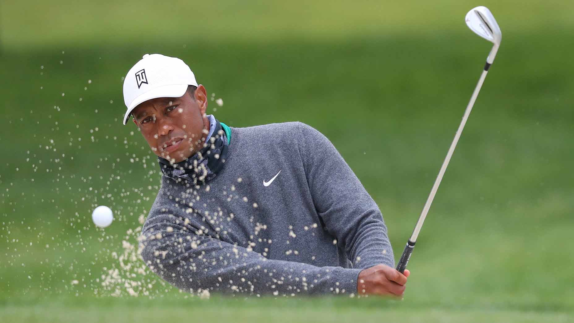 Tiger Woods practices at 2020 PGA Championship