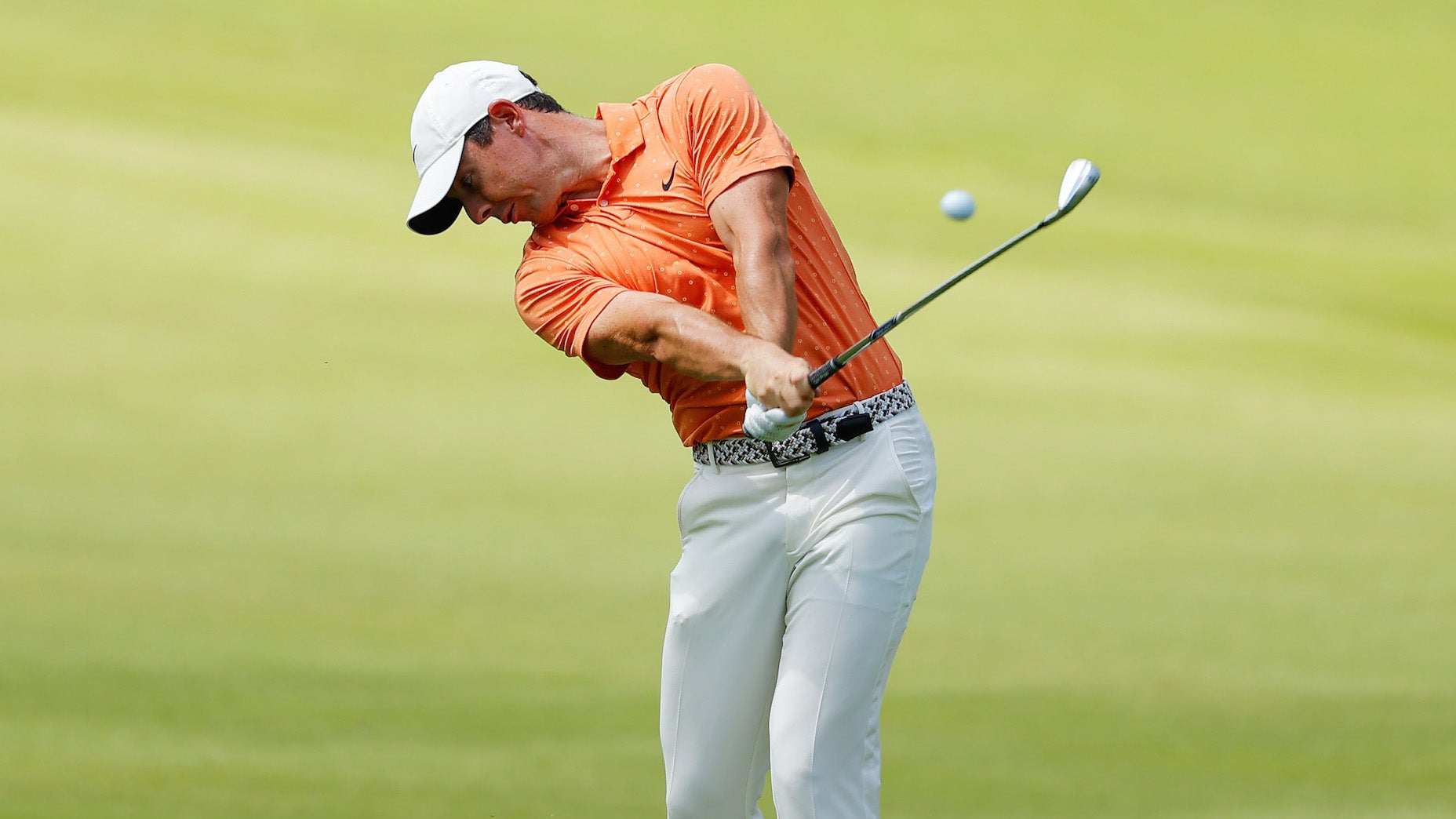 Here's why Rory McIlroy uses the TaylorMade TP5 golf ball