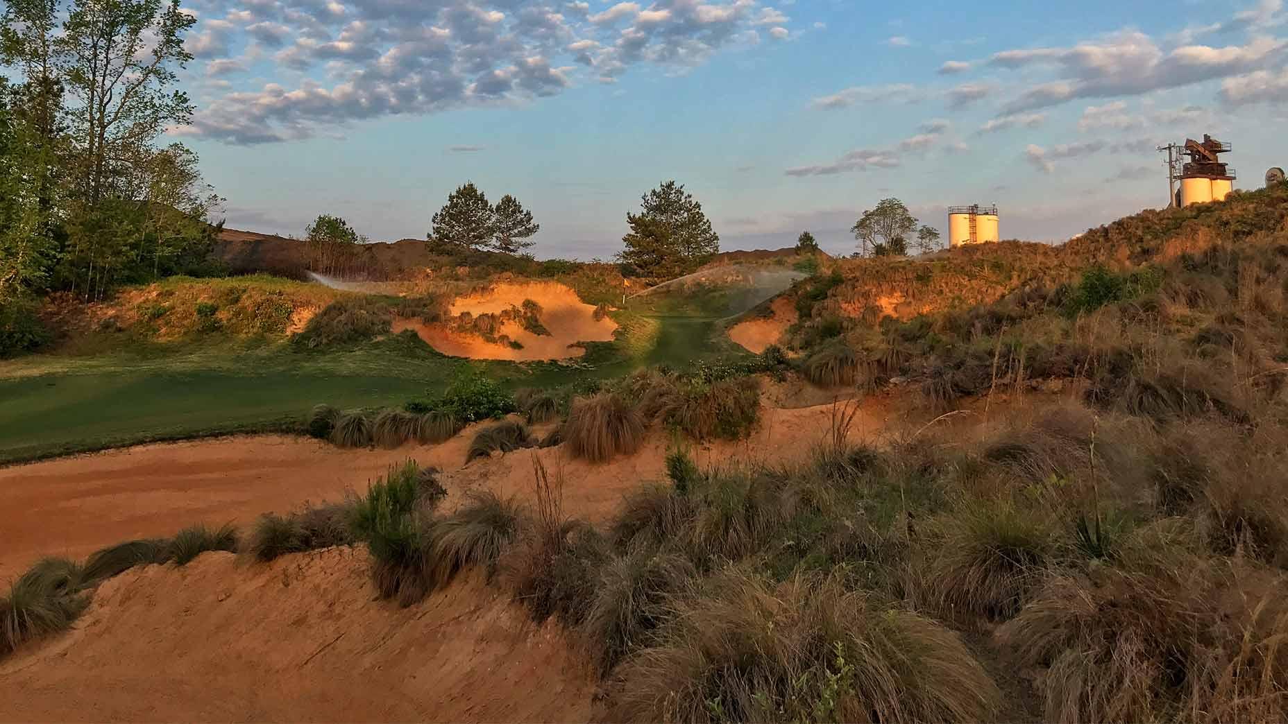 The 13th hole at Tobacco Road Golf Club.