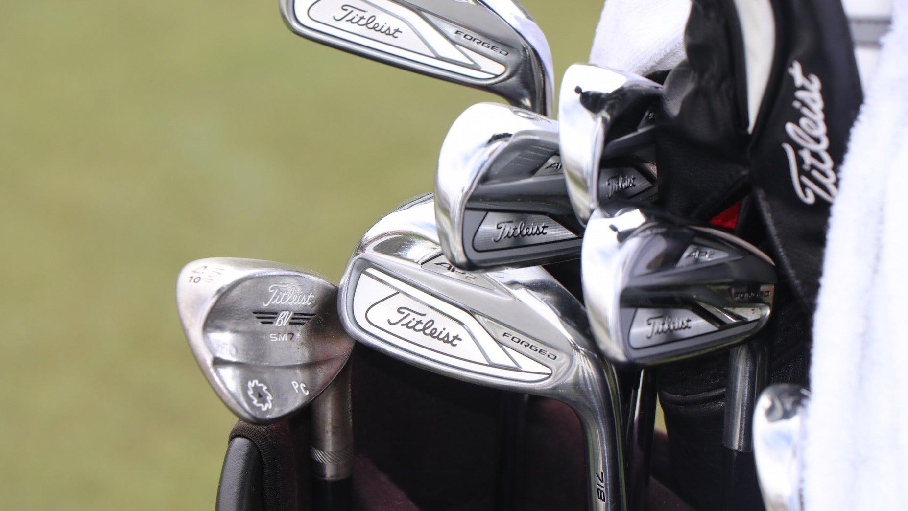 https://golf.com/wp-content/uploads/2020/10/PatrickCantlayWinnersBag.jpg