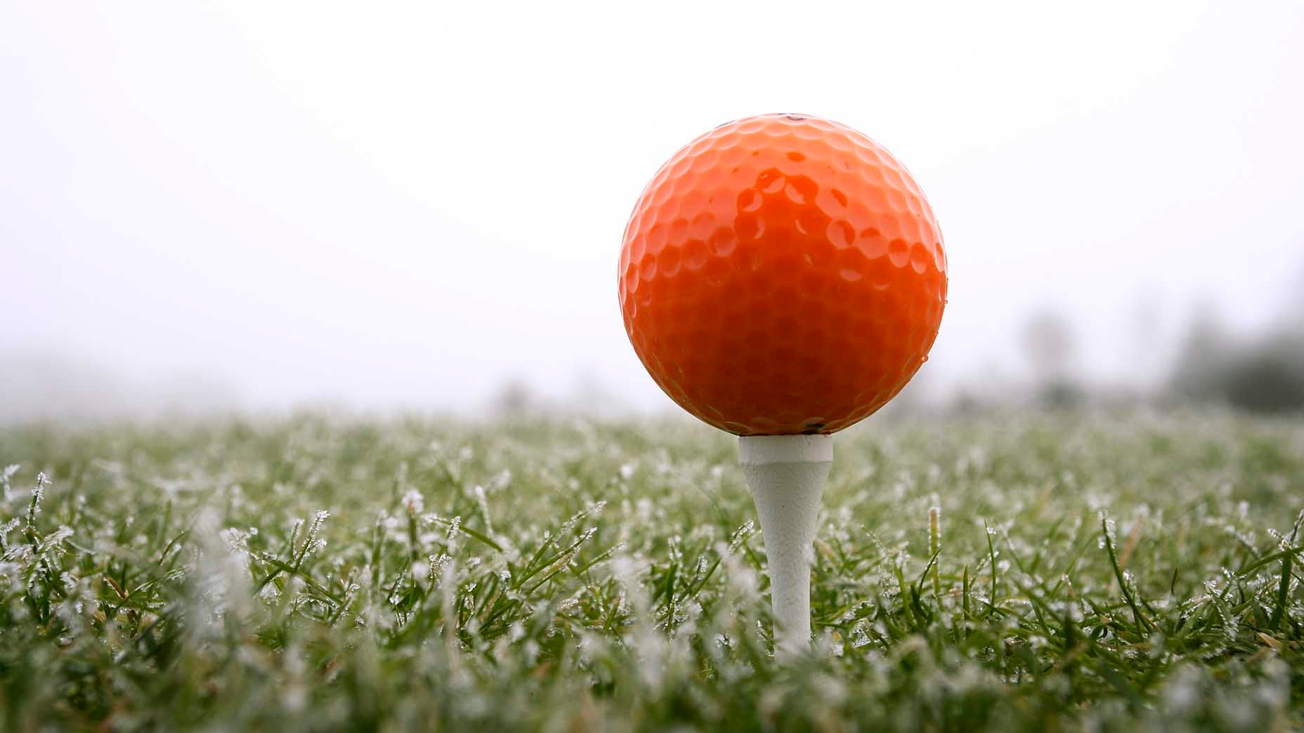 How to play golf in cold weather, according to low handicaps