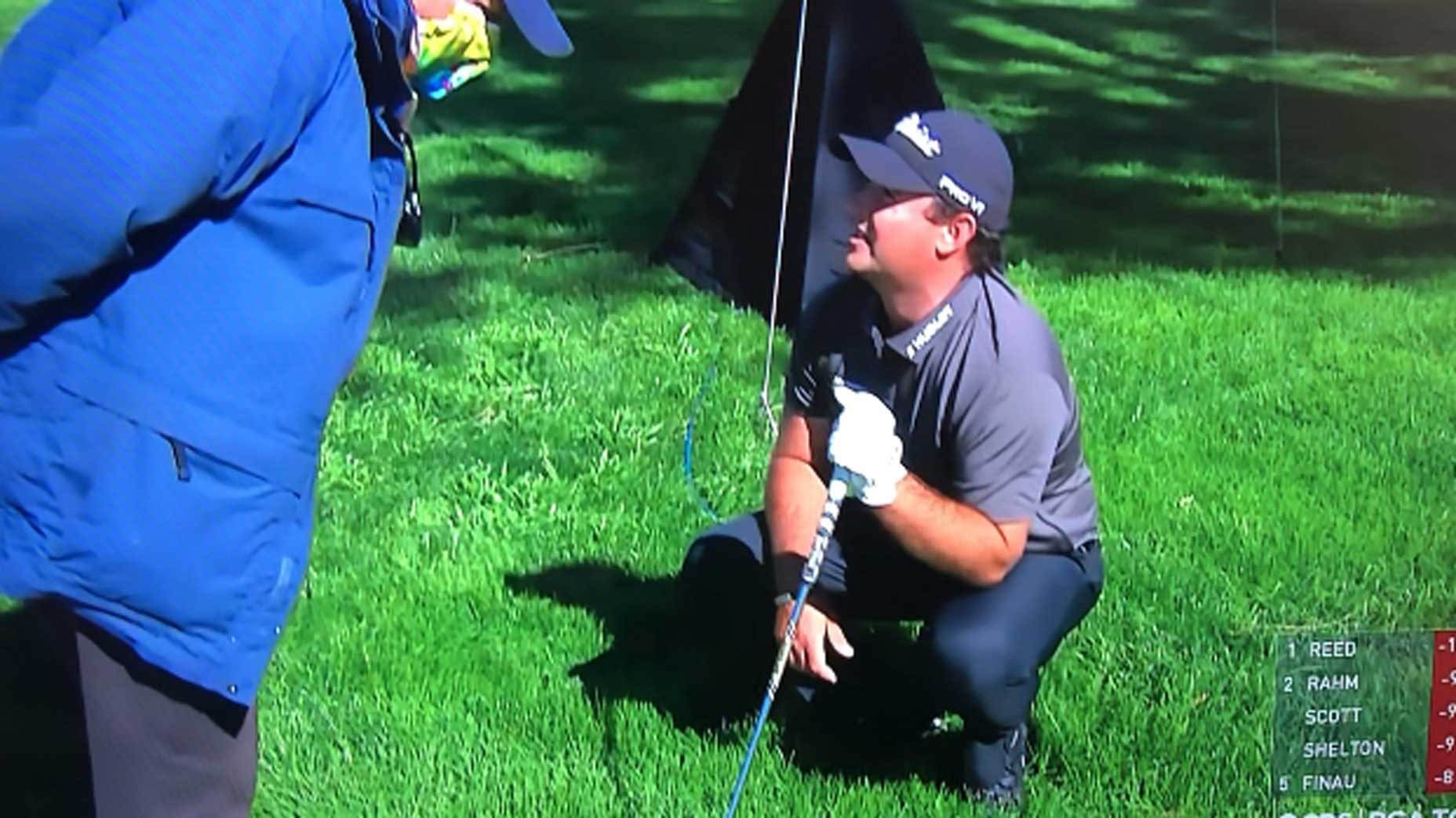 Did Patrick Reed get questionable Rules relief from an embedded ball?