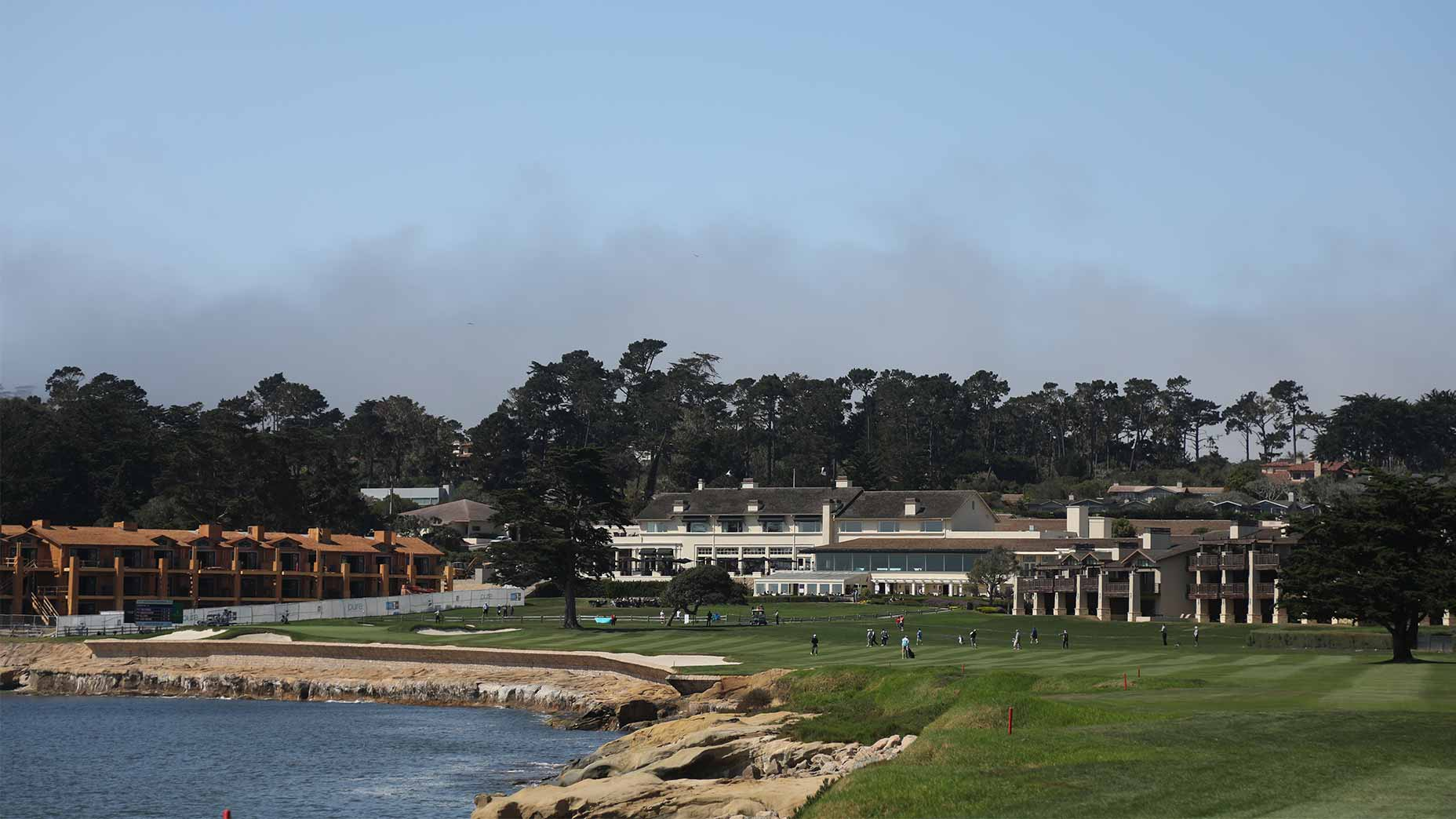 pebble beach 18th hole scenic