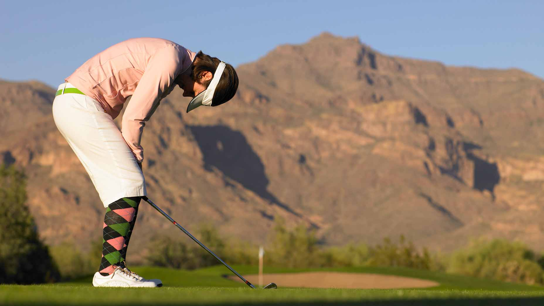 golfer is frustrated