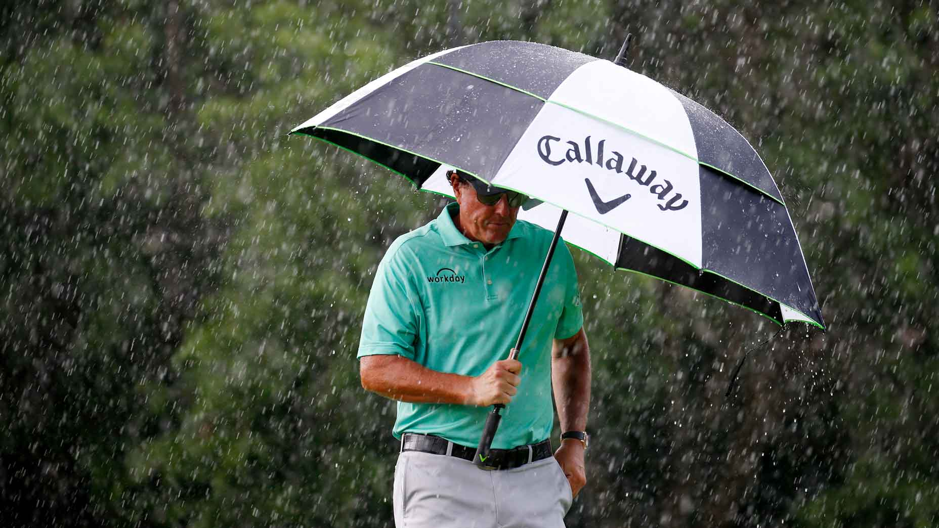 Phil Mickelson in the rain