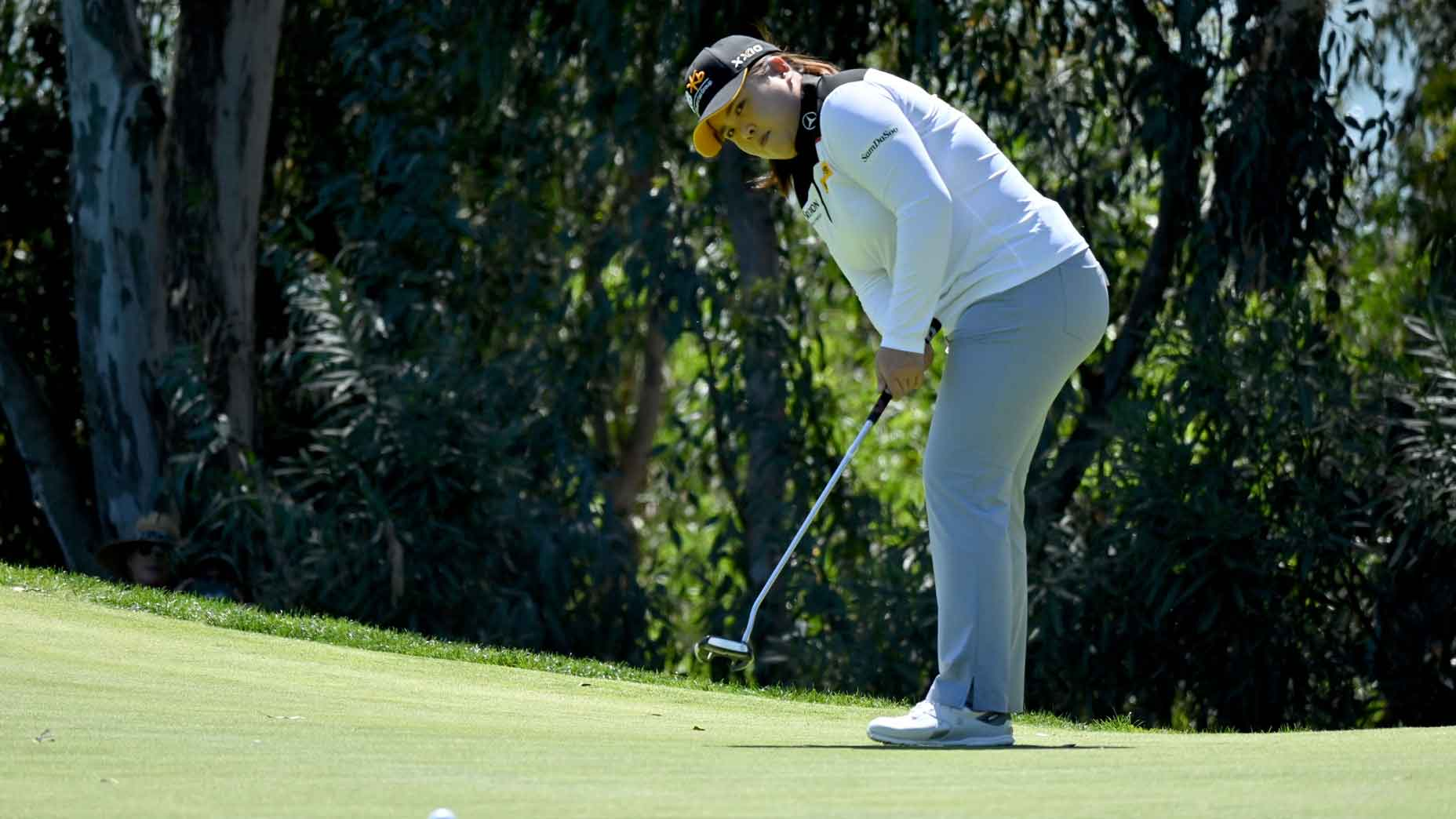 Inbee Park on the putting green