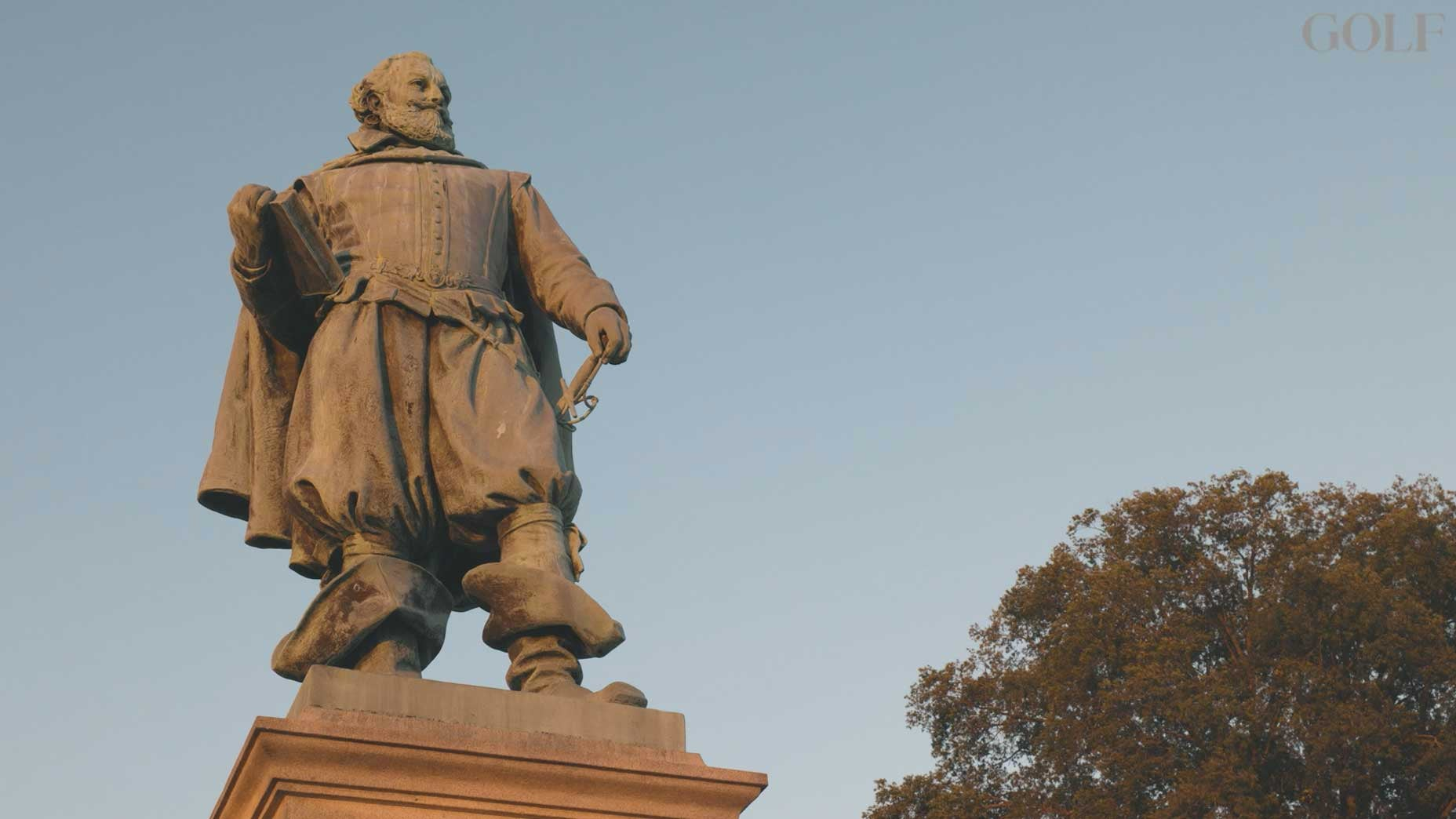 statue jamestowne island virginia