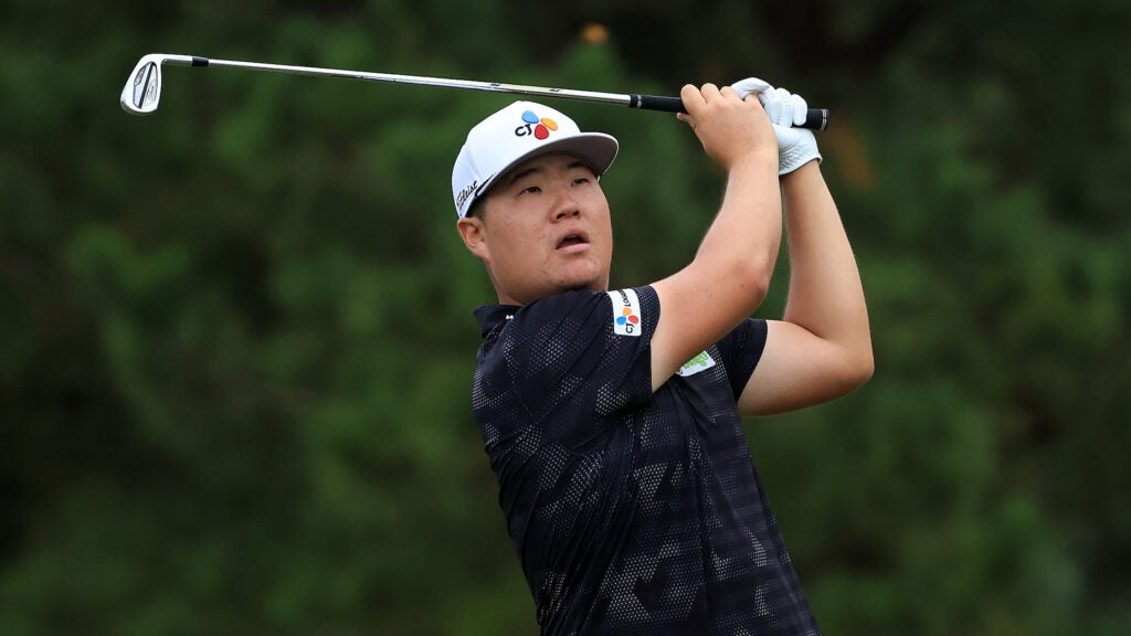 Sungjae Im hits a Titleist T100 iron at the 2021 Shriners Open.